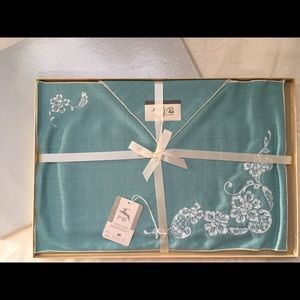 Vintage turquoise napkin placemat set
